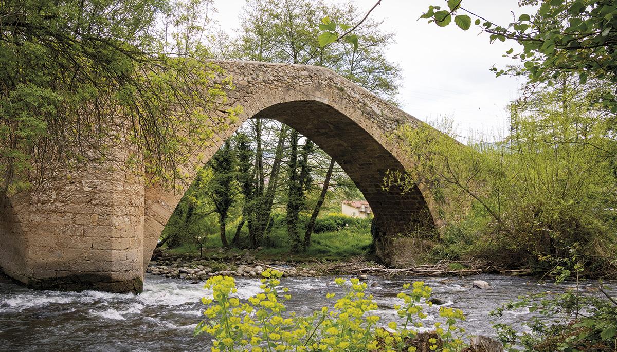 8 · El 'Puente Romano'